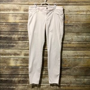 NWOT-GUESS: Low Rise Skinny Jeans AA052